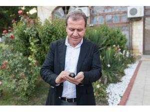 Mersin Büyükşehir'in Bahçesine Ebabil Kuşu Kondu