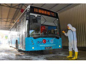 Mersin'deki Belediye Otobüslerinde Bayram Temizliği