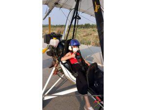 Lösemi Hastası Nisa İle Yürüme Engelli Kerem, Özgürce Uçmanın Keyfini Yaşadılar