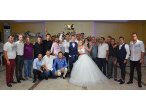 Düğünde Salsa Rüzgarı