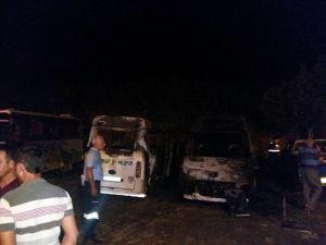 Bozyazı'da 4 Araç Kundaklandı