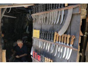 Bıçaklar Kurban Bayramı İçin Bileniyor
