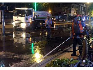 Büyükşehir, Serik Sokaklarını Gece Temizliyor
