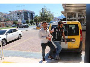 Alanya'da Uyuşturucuyla Yakalanan Firari Tutuklandı