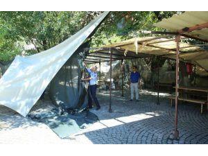 Aykırtça'daki Satış Tezgahları Mahkeme Kararıyla Kaldırıldı