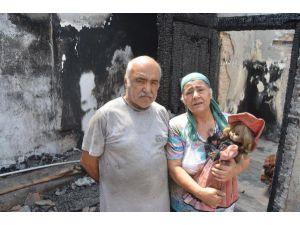 Yangın Evlerini De Umutlarını Da Kül Etti