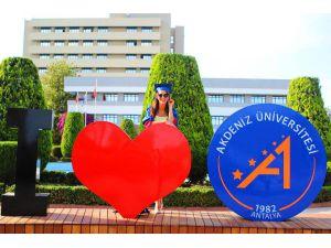Aü'de 114 Ülkeden 2 Bin 400 Üniversiteli