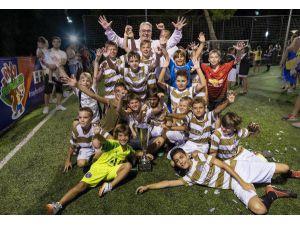 'El Clasico' Ödüllü Rixy Futbol Turnuvası Sona Erdi