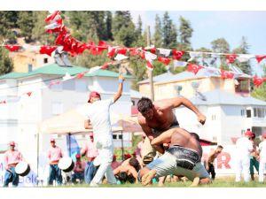 Mersin'de Zafer Bayramı Coşkusu Ata Sporu İla Taçlanacak