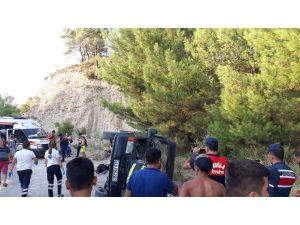 Kaş'ta Safari Minibüsü Devrildi: 16 Yaralı