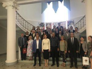Başkan Tarhan, Rusya'da Antik Kentler Forumuna Katıldı