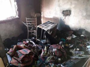 Mersin'de Yangın Evi Harabeye Çevirdi