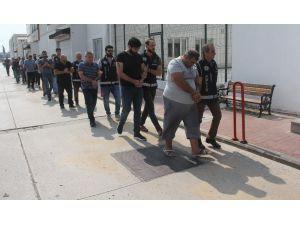 Pitbullu Şebeke İşitme Engelli Emekliyi De Dolandırmış