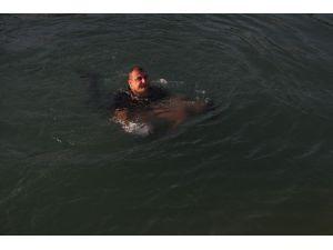 Sulama Kanalından Çıkartılan Gencin Annesi Yürekleri Yaktı