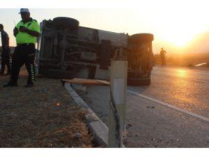 Hatay'da Zırhlı Polis Aracı Devrildi: 2 Yaralı