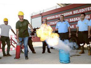 İtfaiye Erleri, Yol Yapım Çalışanlarıyla Yangın Tatbikatı Yaptı