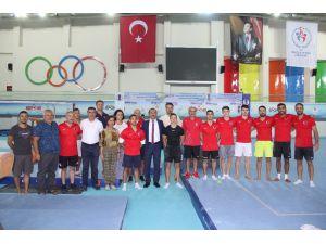 Kaymaz, Artistik Cimnastik Milli Takım Kampını Ziyaret Etti