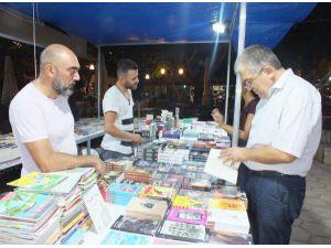 Kaş'ta Kitap Günleri Düzenlendi