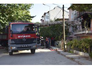 Burdur'da Ev Yangını