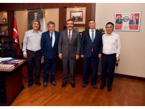 """Başkan Çetin: """"Çukurova'da 212 Park Var Ve Bunların 108'ini Biz İlk 5 Yıllık Süre İçinde Hizmete Açtık"""""""