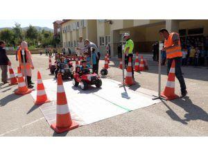Isparta'daki Minikler Trafik Konusunda Bilinçlendirildi