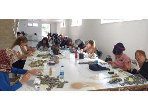 Kepez'in kadınları üretirken, kazanacak