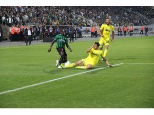 Süper Lig: Denizlispor: 1 - Fenerbahçe: 2 (Maç Sonucu)
