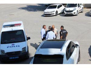 Denizlispor'un Eski Başkanı Süleyman Urkay Silahla Kulüp Binasını Bastı