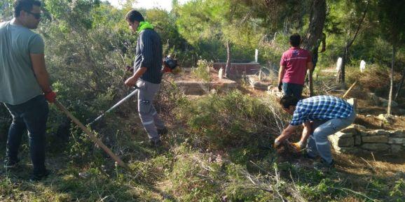 Büyükşehir'den mezarlıklara kapsamlı bakım