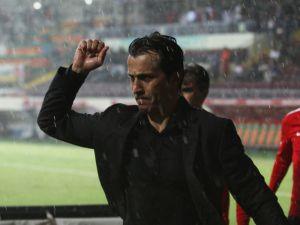 Antalyaspor, Bülent Kormaz İle Yolların Ayrıldığını Açıkladı