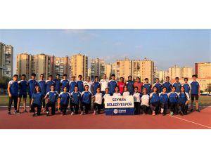 Seyhan Belediyesporlu Atletler Lige Bileniyor