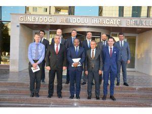 Gaziantep'ten İngiltere'ye Yılda 266 Milyon Dolarlık İhracat Yapılıyor