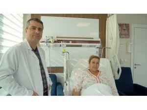 Dr. Cavit Göktaş'tan Aynı Anda İki Başarılı Ameliyat