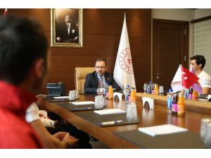 """Bakan Kasapoğlu: """"Olimpiyatlar Hepimiz İçin Önemli Bir Misyon"""""""