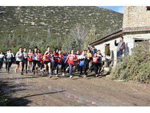Isparta Spor Lisesi'nden Atletizmde Çifte Birincilik