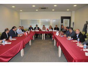 Türkiye'deki rent a car temsilcileri sorunlarını ATSO'da ele aldılar