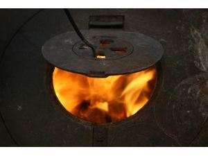 Denizli'de Odun, Kömür Satışları Artmaya Başladı