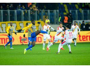 Süper Lig: Mke Ankaragücü: 1 - Göztepe: 3 (Maç Sonucu)