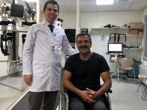 Omurilik Felci Geçiren Terör Mağduru Adam Robotik Cihaz İle Ayağa Kalktı