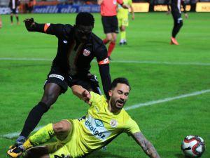 Tff 1. Lig: Adanaspor: 0 - Menemenspor: 2 (İlk Yarı Sonucu)