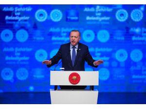 """Cumhurbaşkanı Erdoğan: """"Çağın Ötesine Geçemeyen Toplumlar Cazibelerini Yitirmeye Mahkumdur"""""""