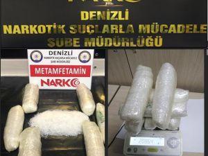 Otomobilin Tavanından 2 Kilo Uyuşturucu Çıktı