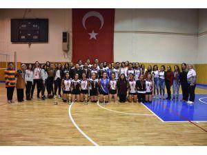 Isparta Spor Lisesi'nden Filede Çifte Şampiyonluk
