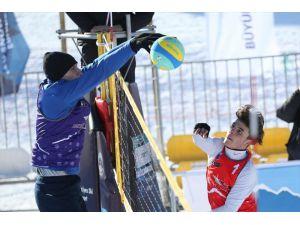 Kar Voleybolu Türkiye Şampiyonası Heyecanı Toroslar'da