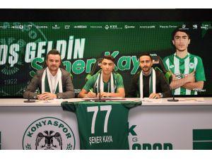 Konyaspor, U17 Milli Oyuncusu Şener Kaya İle Sözleşme İmzaladı
