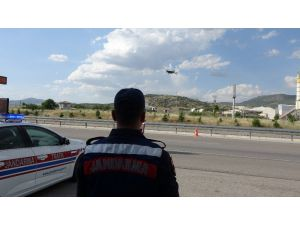 Jandarmanın Kemer Ve Kış Lastiği Denetiminde 157 Sürücüye Ceza Yağdı