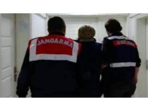 Fetö Şüphelisi Kadın Jandarmadan Kaçamadı