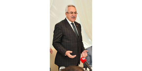 AK Parti Antalya Milletvekili Aydın ve eşi trafik kazası geçirdi