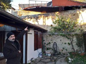 Adana'da Fırtına Çatıları Uçurdu