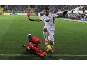 Süper Lig: Gençlerbirliği: 0 - Gaziantep Fk: 0 (İlk Yarı)